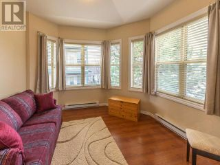 Photo 2: 303 - 857 FAIRVIEW ROAD in PENTICTON: House for sale : MLS®# 182910