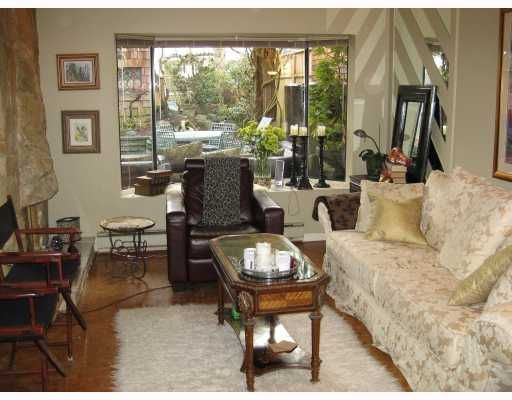 """Main Photo: 5 960 W 13TH Avenue in Vancouver: Fairview VW Townhouse for sale in """"BRICKHOUSE"""" (Vancouver West)  : MLS®# V749405"""