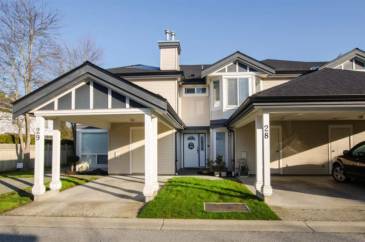 "Main Photo: 28 4748 54A Street in Delta: Delta Manor Townhouse for sale in ""ROSEWOOD COURT"" (Ladner)  : MLS®# R2436780"