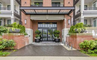 Photo 2: 121 9500 TOMICKI Avenue in Richmond: West Cambie Condo for sale : MLS®# R2564224