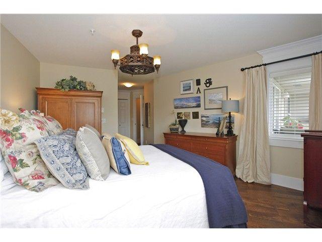 Photo 8: Photos: # 305 15150 29A AV in Surrey: King George Corridor Condo for sale (South Surrey White Rock)  : MLS®# F1410006