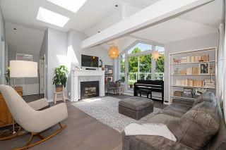 "Photo 9: PH3 3220 W 4TH Avenue in Vancouver: Kitsilano Condo for sale in ""Point Grey Estates"" (Vancouver West)  : MLS®# R2595586"