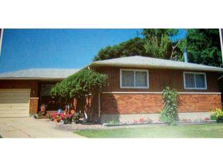 Photo 1: 42 KOWALL Bay in WINNIPEG: Maples / Tyndall Park Residential for sale (North West Winnipeg)  : MLS®# 1302658
