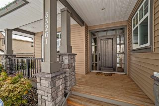 "Photo 2: 35261 MCEWEN Avenue in Mission: Hatzic House for sale in ""HATZIC BENCH"" : MLS®# R2130131"