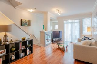 Photo 3: 29 6300 LONDON ROAD in Richmond: Steveston South Townhouse for sale : MLS®# R2374673