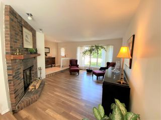 Photo 4: 518 Charleswood Road in Winnipeg: Charleswood Residential for sale (1G)  : MLS®# 202120289