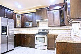 Photo 5: 10 7867 120 STREET in Delta: Scottsdale Townhouse for sale (N. Delta)  : MLS®# R2127194