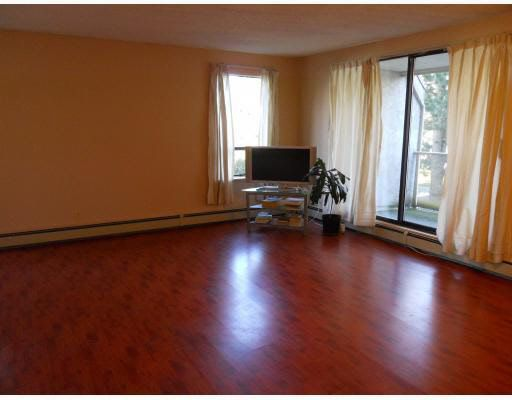 Main Photo: 102 8720 LANSDOWNE ROAD in : Brighouse Condo for sale : MLS®# V811403