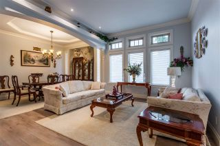 Photo 4: 8425 171A Street in Surrey: Fleetwood Tynehead House for sale : MLS®# R2511271