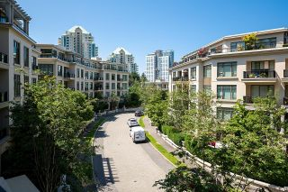 """Photo 25: 300 508 WATERS EDGE Crescent in West Vancouver: Park Royal Condo for sale in """"Waters Edge"""" : MLS®# R2603376"""
