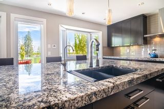 Photo 8: 8956 Bay Ridge Drive SW in Calgary: Bayview Detached for sale : MLS®# A1075239