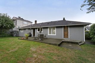 Photo 19: 958 DEVON Road in North Vancouver: Forest Hills NV House for sale : MLS®# R2205971