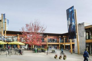 """Photo 19: 403 2665 MOUNTAIN Highway in North Vancouver: Lynn Valley Condo for sale in """"CANYON SPRINGS by POLYGON"""" : MLS®# R2311452"""