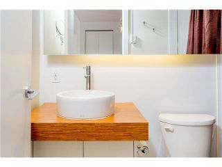 "Photo 8: 806 168 POWELL Street in Vancouver: Downtown VE Condo for sale in ""SMART"" (Vancouver East)  : MLS®# V1133294"