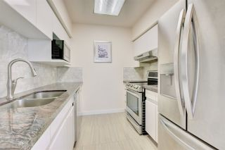"Photo 20: 2302 289 DRAKE Street in Vancouver: Yaletown Condo for sale in ""Park View Tower"" (Vancouver West)  : MLS®# R2530410"