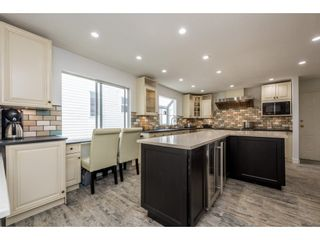 """Photo 3: 2928 VALLEYVISTA Drive in Coquitlam: Westwood Plateau House for sale in """"The Vista's at Canyon Ridge!"""" : MLS®# R2180853"""