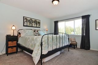 """Photo 8: 147 4001 OLD CLAYBURN Road in Abbotsford: Abbotsford East Townhouse for sale in """"CEDAR SPRINGS"""" : MLS®# F1439448"""