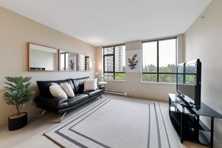"""Photo 2: 706 3520 CROWLEY Drive in Vancouver: Collingwood VE Condo for sale in """"Millenio"""" (Vancouver East)  : MLS®# R2617319"""