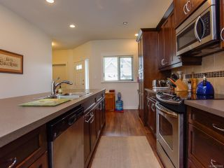 Photo 10: 54 700 LANCASTER Way in COMOX: CV Comox (Town of) Row/Townhouse for sale (Comox Valley)  : MLS®# 811918