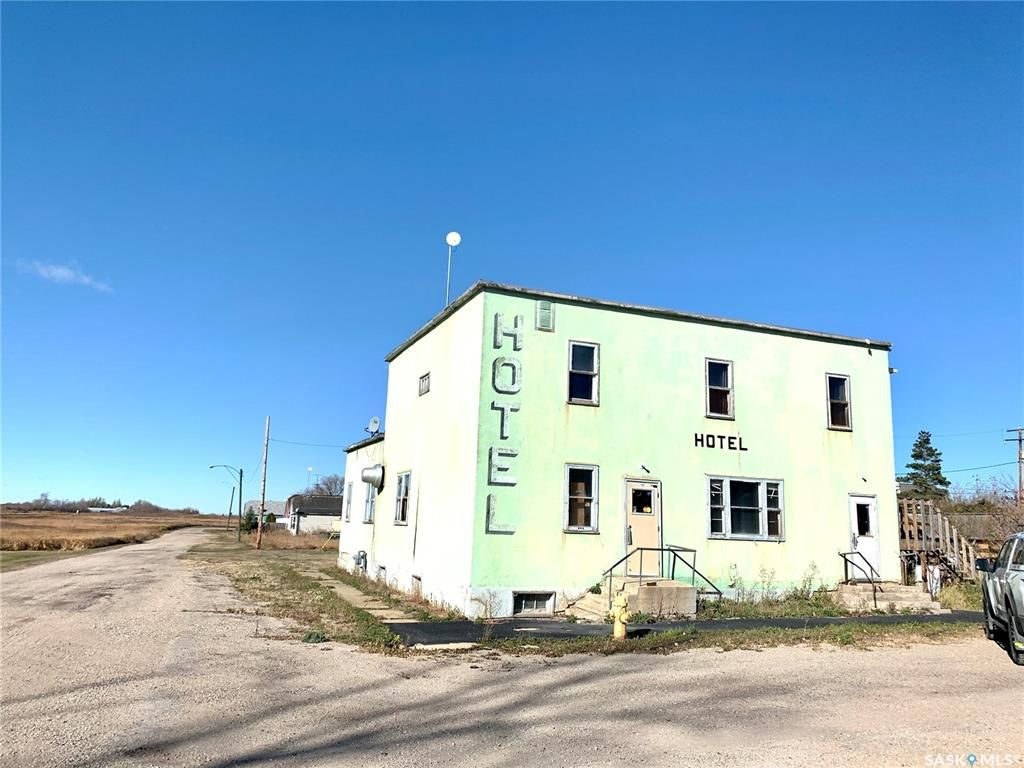 Main Photo: 41 Main Street in Prud'homme: Commercial for sale : MLS®# SK830696