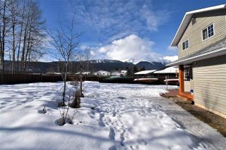 """Photo 33: 1420 SUNNY POINT Drive in Smithers: Smithers - Town House for sale in """"Silverking"""" (Smithers And Area (Zone 54))  : MLS®# R2546950"""