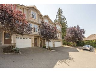 """Photo 2: 14 46858 RUSSELL Road in Chilliwack: Promontory Townhouse for sale in """"Panorama Ridge"""" (Sardis)  : MLS®# R2613048"""