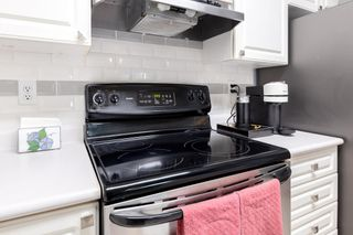 """Photo 4: 307 1128 SIXTH Avenue in New Westminster: Uptown NW Condo for sale in """"KINGSGATE"""" : MLS®# R2541113"""