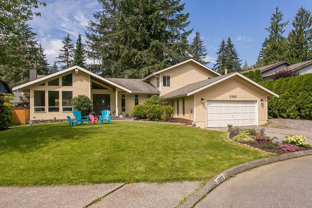 Main Photo: 3383 ROBINSON ROAD in North Vancouver: Lynn Valley House for sale : MLS®# R2096046