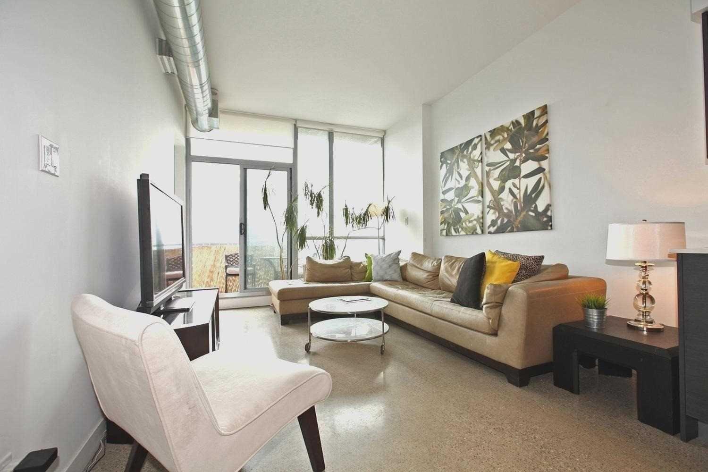 Photo 2: Photos: Ph815 510 E King Street in Toronto: Moss Park Condo for lease (Toronto C08)  : MLS®# C4532633