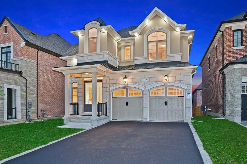 FEATURED LISTING: 21 Arctic Grail Road Vaughan