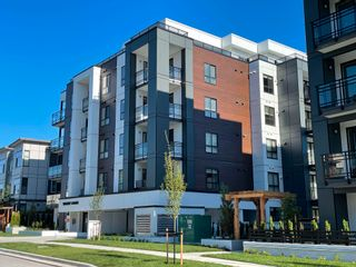 """Photo 2: 402B 20838 78B Avenue in Langley: Willoughby Heights Condo for sale in """"Hudson & Singer"""" : MLS®# R2594495"""