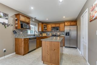 Photo 9: 9421 202A Street in Langley: Walnut Grove House for sale : MLS®# R2350473