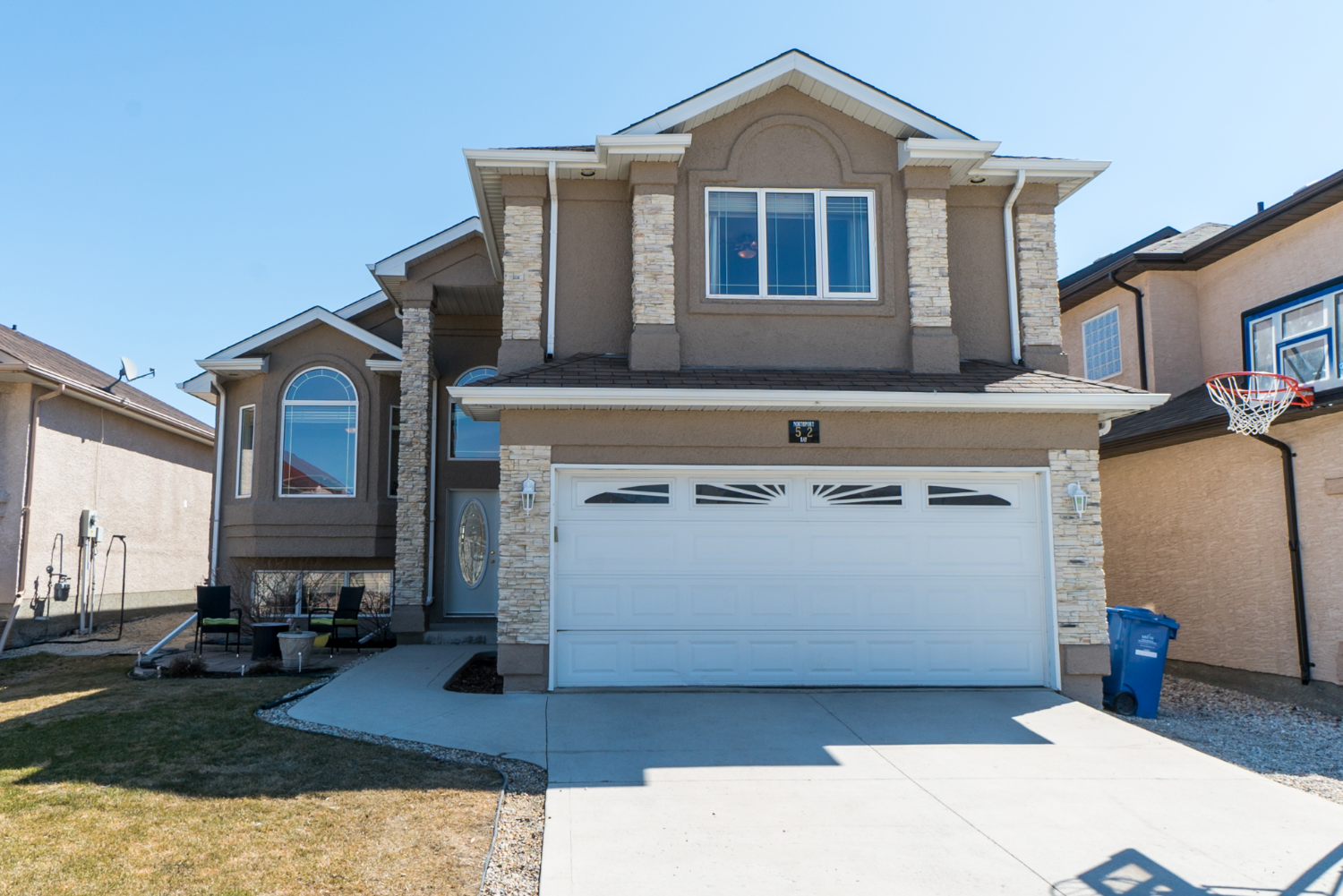 Main Photo: 52 Northport Bay | Royalwood Winnipeg