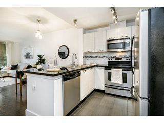"""Photo 8: 305 7428 BYRNEPARK Walk in Burnaby: South Slope Condo for sale in """"The Green"""" (Burnaby South)  : MLS®# R2489455"""