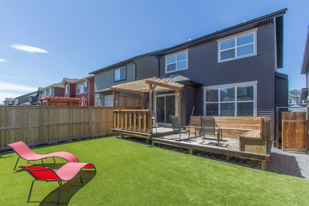 Main Photo: 124 Kingsmere Cove SE: Airdrie Detached for sale : MLS®# A1115152