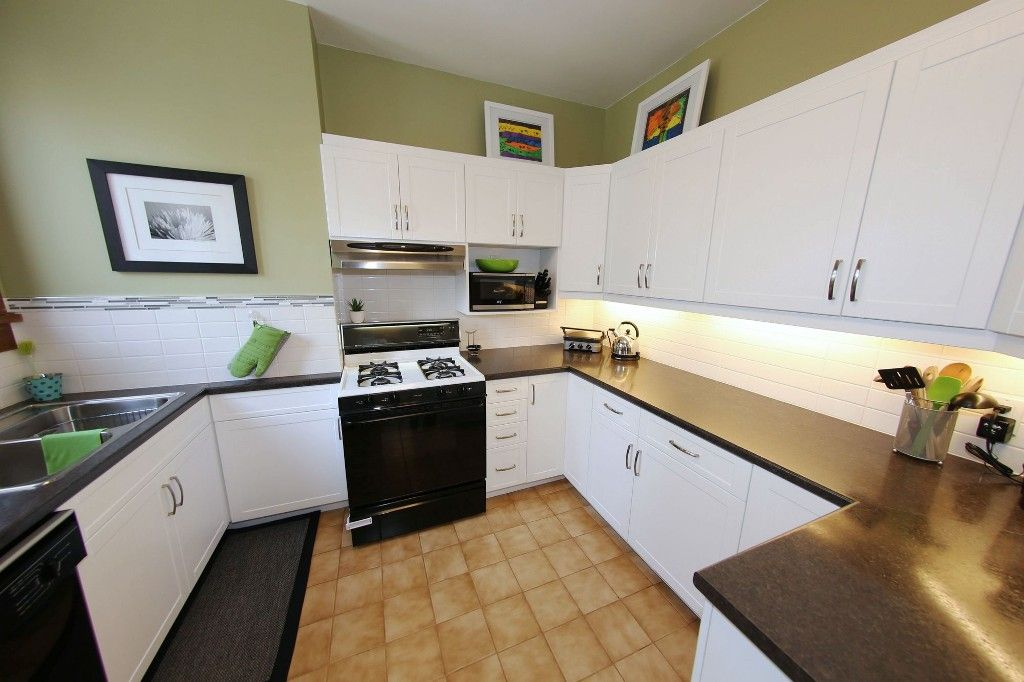 Photo 10: Photos: 205 Lenore Street in Winnipeg: Wolseley Single Family Detached for sale (5B)  : MLS®# 1710671