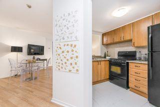 Photo 5: 305 77 Maitland Place in Toronto: Condo for sale (Toronto C08)  : MLS®# C4450318