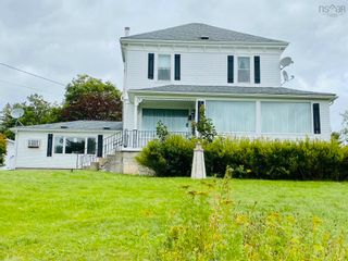 Photo 2: 8 Dufferin Mines Road in Port Dufferin: 35-Halifax County East Residential for sale (Halifax-Dartmouth)  : MLS®# 202122906
