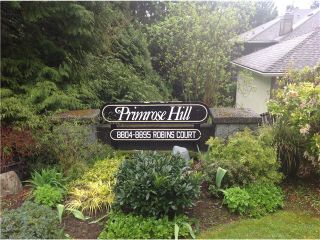 """Photo 3: 8828 ROBINS Court in Burnaby: Forest Hills BN Townhouse for sale in """"PRIMROSE HILL"""" (Burnaby North)  : MLS®# V1059645"""
