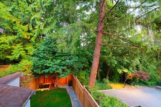 """Photo 16: 884 CUNNINGHAM Lane in Port Moody: North Shore Pt Moody Townhouse for sale in """"WOODSIDE VILLAGE"""" : MLS®# R2617307"""