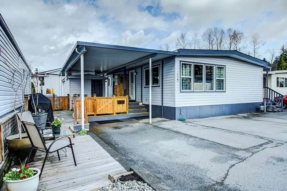 """Main Photo: 115 201 CAYER Street in Coquitlam: Maillardville Manufactured Home for sale in """"WILDWOOD PARK"""" : MLS®# R2373363"""