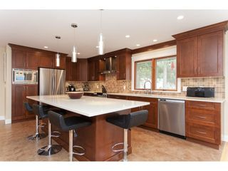 Photo 9: 23864 64 Avenue in Langley: Salmon River House for sale : MLS®# R2356393