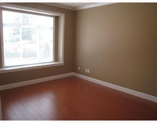 Photo 7: 8123 10TH Avenue in Burnaby: East Burnaby 1/2 Duplex for sale (Burnaby East)  : MLS®# V796032