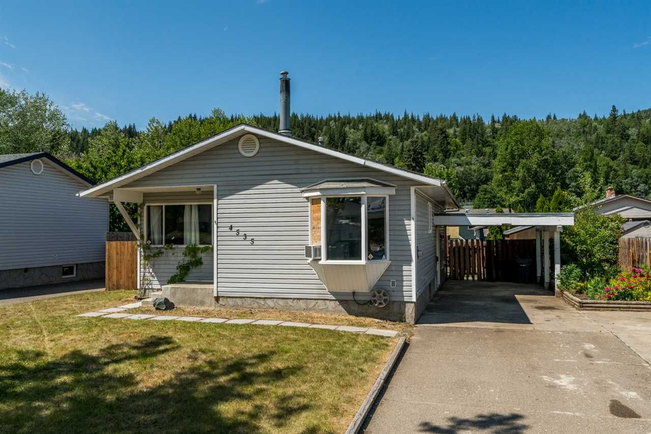 Main Photo: 4535 VALLEY Crescent in Prince George: Foothills House for sale (PG City West (Zone 71))  : MLS®# R2383529
