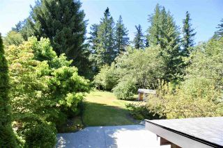 """Photo 18: 2683 NORTHCREST Drive in Surrey: Sunnyside Park Surrey House for sale in """"Woodshire Park"""" (South Surrey White Rock)  : MLS®# R2487213"""