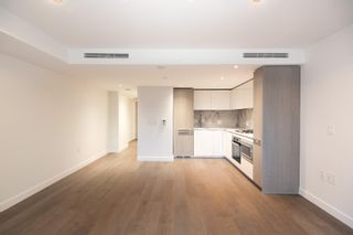 """Photo 2: 2003 1111 RICHARDS Street in Vancouver: Yaletown Condo for sale in """"8X ON THE PARK"""" (Vancouver West)  : MLS®# R2620918"""