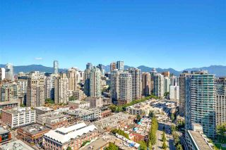 Photo 16: 3201 198 AQUARIUS MEWS in Vancouver: Yaletown Condo for sale (Vancouver West)  : MLS®# R2202359
