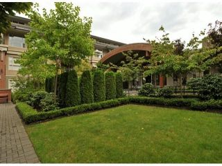 """Photo 18: # 306 15357 17A AV in Surrey: King George Corridor Condo for sale in """"Madison"""" (South Surrey White Rock)  : MLS®# F1320501"""