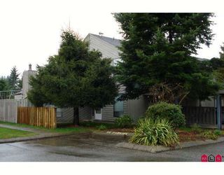 """Photo 1: 190 32550 MACLURE Road in Abbotsford: Abbotsford West Townhouse for sale in """"CLEARBROOK VILLAGE"""" : MLS®# F2805989"""
