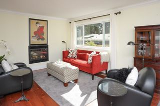 Photo 5: 12720 15A AVENUE in South Surrey White Rock: Crescent Bch Ocean Pk. Home for sale ()  : MLS®# R2161642